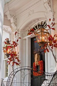 47 Cute And Inviting Fall Front Door Dcor Ideas | DigsDigs