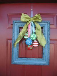 38 Stunning Christmas Front Door Dcor Ideas | DigsDigs