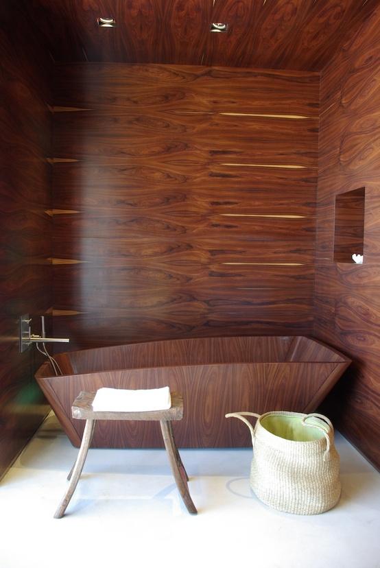 45 Stylish And Cozy Wooden Bathroom Designs