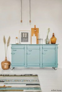 Turquoise And Amber Living Room Design With Upcycled Items ...