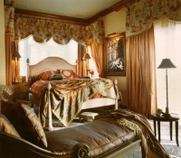 Warm Bedrooms Design in Old-School Style by Maura Taft ...