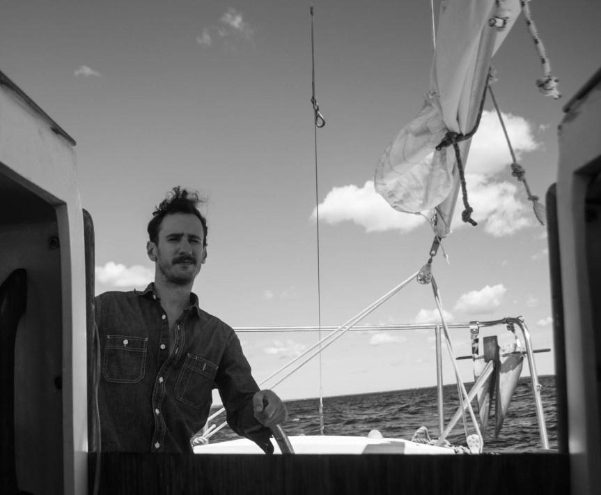 Dinghy dreams, crew finder, solo sailor girl