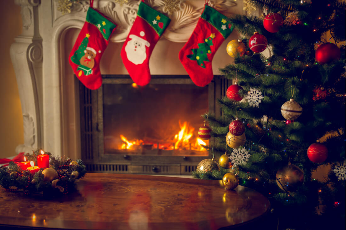 Cosy Christmas Mantelpiece Design Ideas Direct Fireplaces