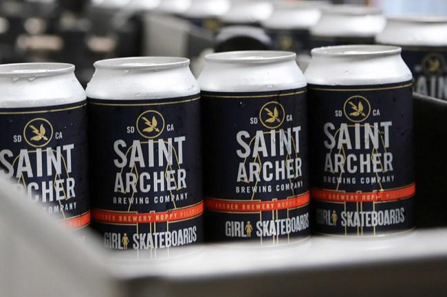 saint-archer-girl-skateboards-hoppy-pilsner-02