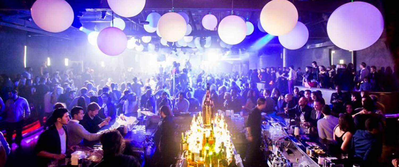 Two Girls Wallpaper Lure Nightclub Insider S Guide Discotech The 1