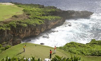 amazon-golf-course