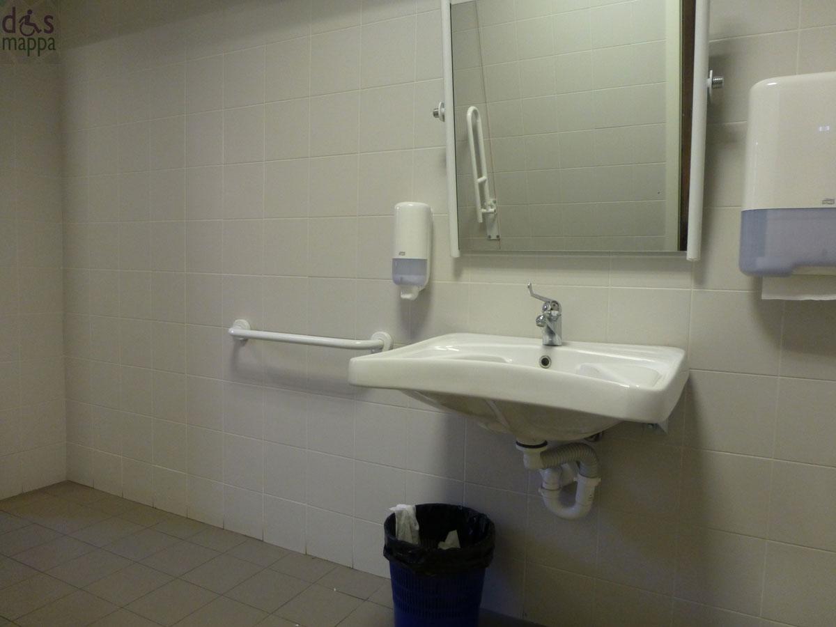 Porte in vetro da interno scorrevoli - Fasciatoio bagno ...
