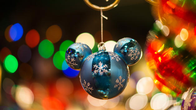 When do Christmas Decorations come down at Disney World? - disney christmas decorations