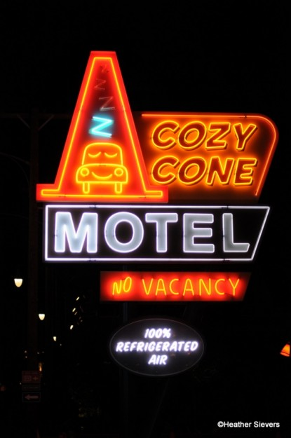 Mater Cars Wallpaper Cars Land First Look Sally S Cozy Cone Motel In Disney