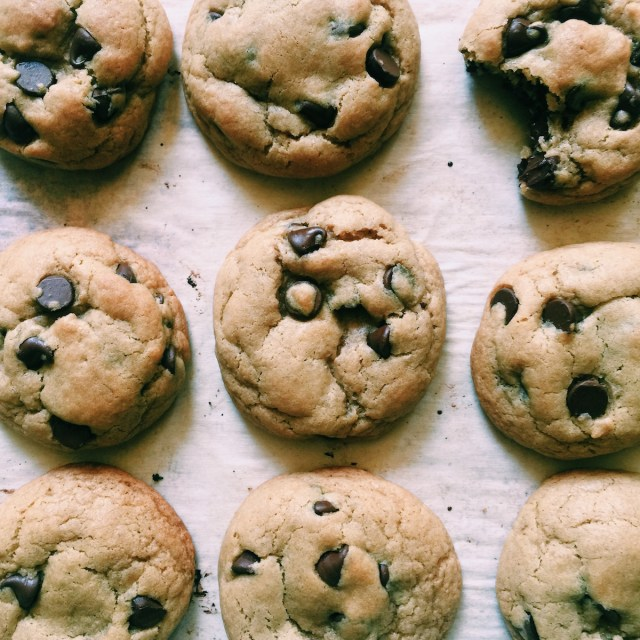 Brown Butter Chocolate Chip Cookies | Recipe via DisplacedHousewife | *This version uses dark brown sugar! xo