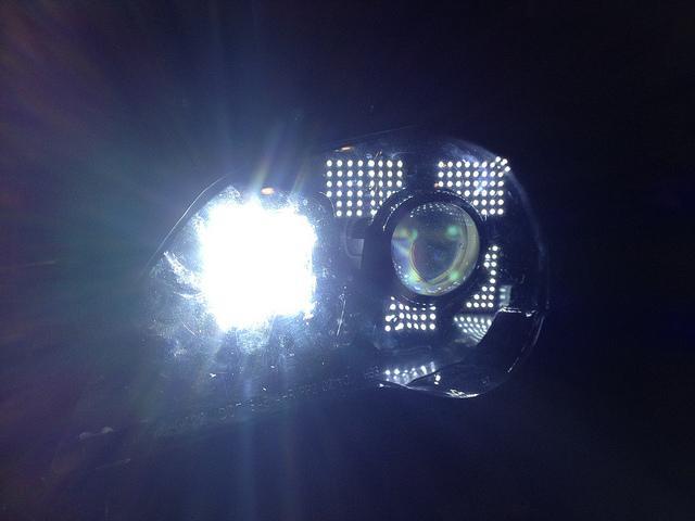 Evolution of my DIY headlights (quad projectors, Xenons, LED DRLs