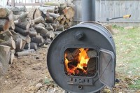 Warm Things Up In Your Backyard With This Fire Barrel That ...