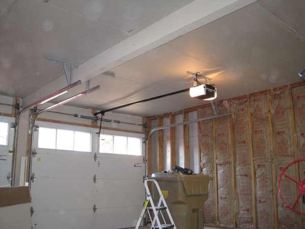 Garage Door Opener Mount Loose In Ceiling
