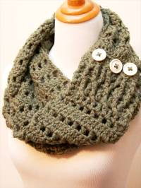 11 DIY Warm & Cozy Crochet Scarfs | DIY to Make