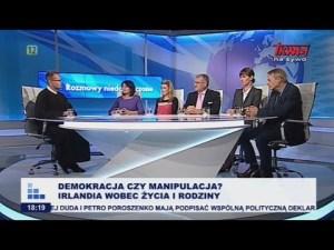 Demokracja czy manipulacja?