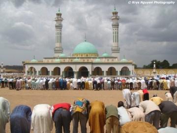 Cameroon+Mosque+Krys+Nguyen