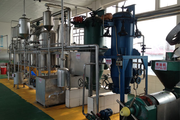 1 600 T D Cooking Oil Refining Plant Manufacturer For