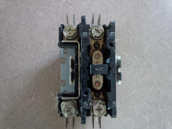 1 pole contactor to 2 pole contactor - DoItYourself Community Forums