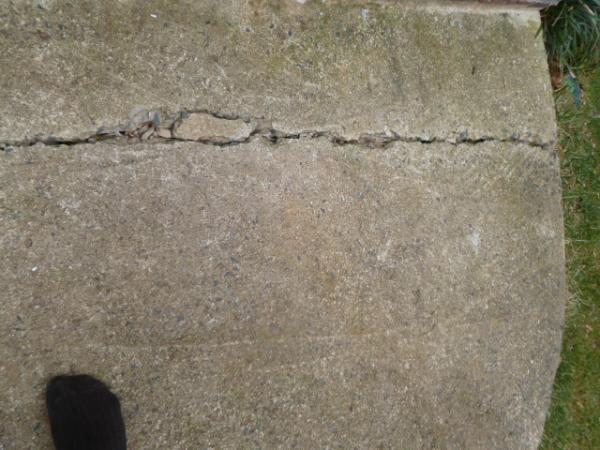 Diy Sidewalk Driveway Crack Repair Doityourselfcom