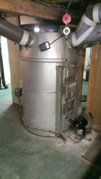 1940's Massive Skuttle Vapoglas humidifier hot air furnace ...
