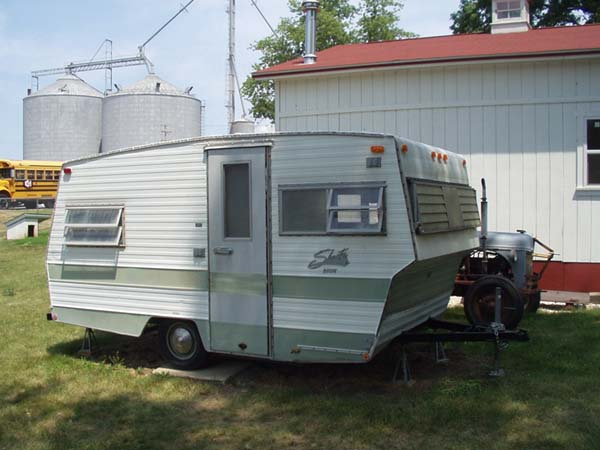 1970 Shasta LoFlyte Renovation - Great Things Come in Small Packages