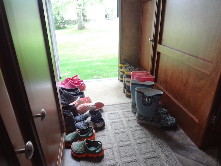 Pvc Shoe Rack Neatly Stows Over A Dozen Pairs Of Shoes
