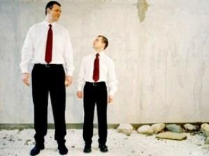 orang pendek vs orang tinggi