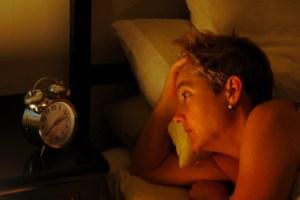 Penyebab dan Cara Mengatasi Masalah Susah Tidur