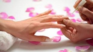 3 Alasan Kenapa Manicure Bisa Merusak Kuku dan Kulit