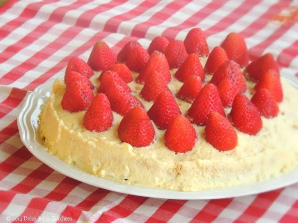 Torta Fragole e Crema Chantilly 1 photo