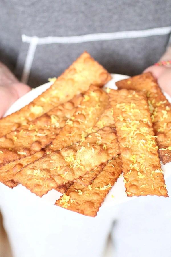 Cenci fritti di carnevale senza zucchero dolce senza zucchero - Cucina tipica senese ...