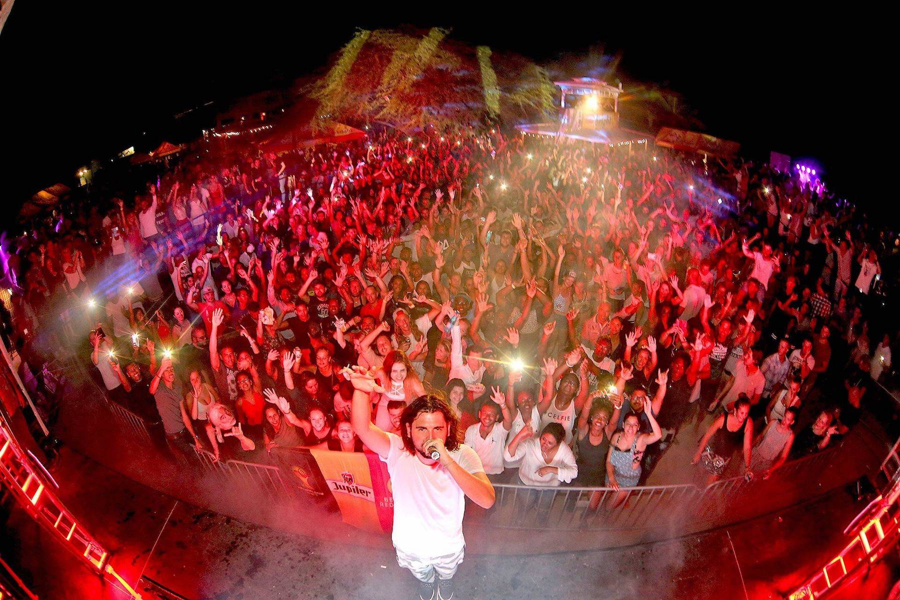 Full Moon Party op Curacao