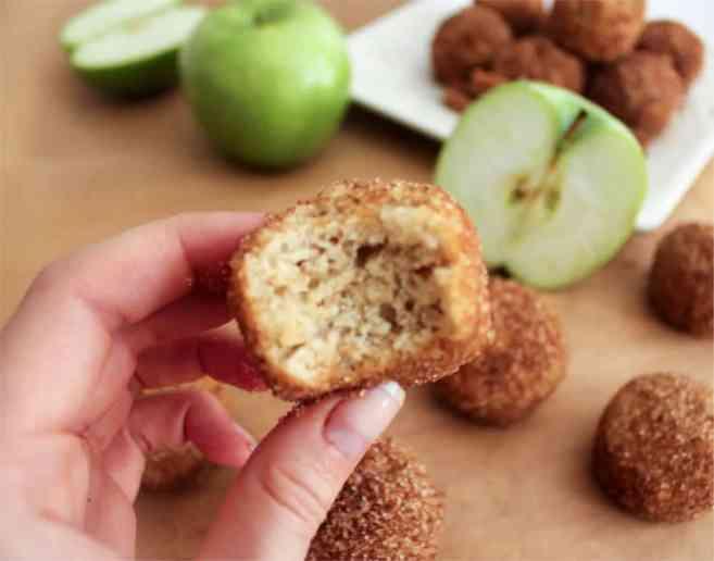 apple-cinnamon-baked-doughnut-holes-3
