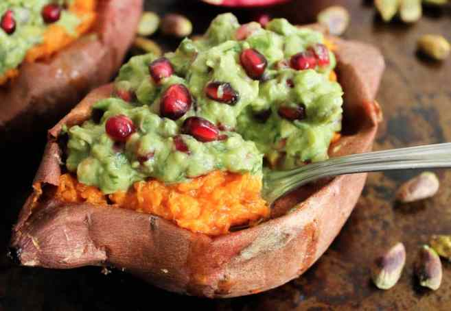 Chipotle-Mashed-Sweet-Potatoes-Stuffed-with-Superfood-Pomegranate-Pistachio-Guacamole-4