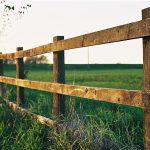 1024px-Farm_fence_in_Watlington