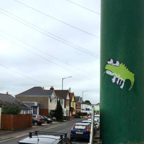 Don't Rain Skateboarding sticker green lizard
