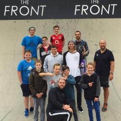 group-skateboarding-lessons-hampshire