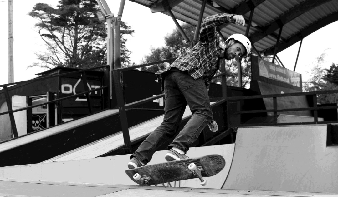 Don't Rain teaching at Weymouth skatepark