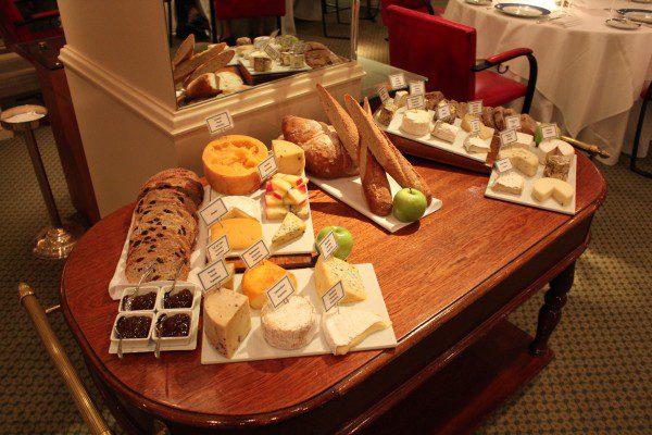 La Bourgogne Alvear Palace queijos