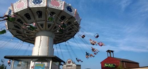chain-carousel-1089470_1280