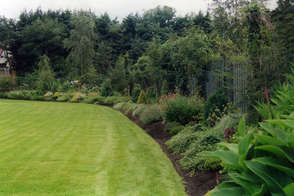 Portfolio of Grounds, Garden and Landscape Maintenance Contracts - sample lawn and garden