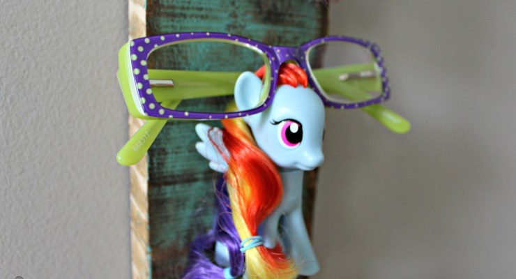Kid's Glasses Holder (Perfect for Accessories too!)