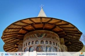 manastirea-voronet-13