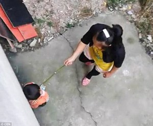 1413821756989_wps_66_Pic_shows_Woman_brutally_