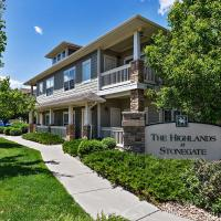 Darling ground floor end unit in Stonegate!