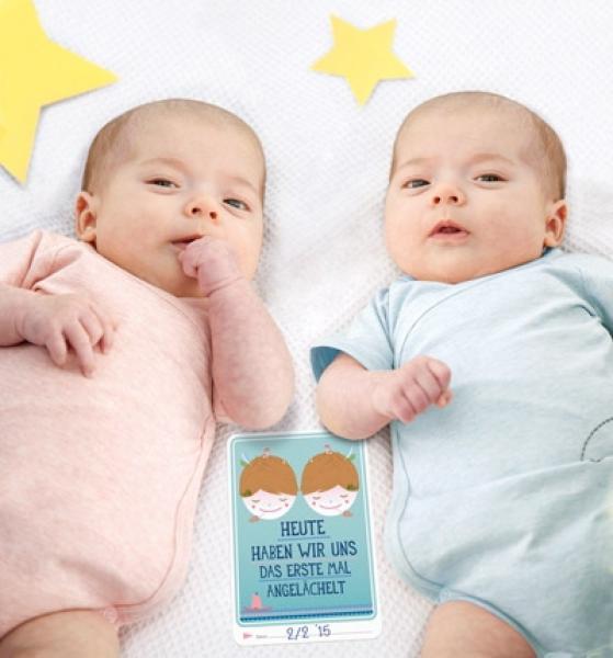 Cute Twins Baby Hd Wallpaper Milestone Baby Cards Zwillinge