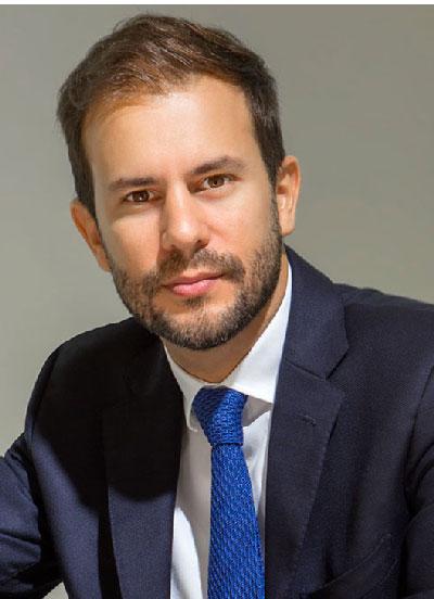 Dr David Montalvo Arias - Dentist - Cosmetic Dentistry Apa