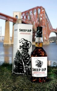 sheep dip scotch whisky 190x300 Review: Sheep Dip and Pigs Nose Scotch Whisky