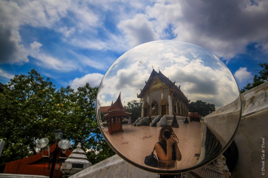 Solo travel at its best: Just me and my camera exploring the temples of Bangkok.