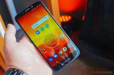 Download Motorola Moto E5, E5 Plus and E5 Play Stock Wallpapers | DroidViews